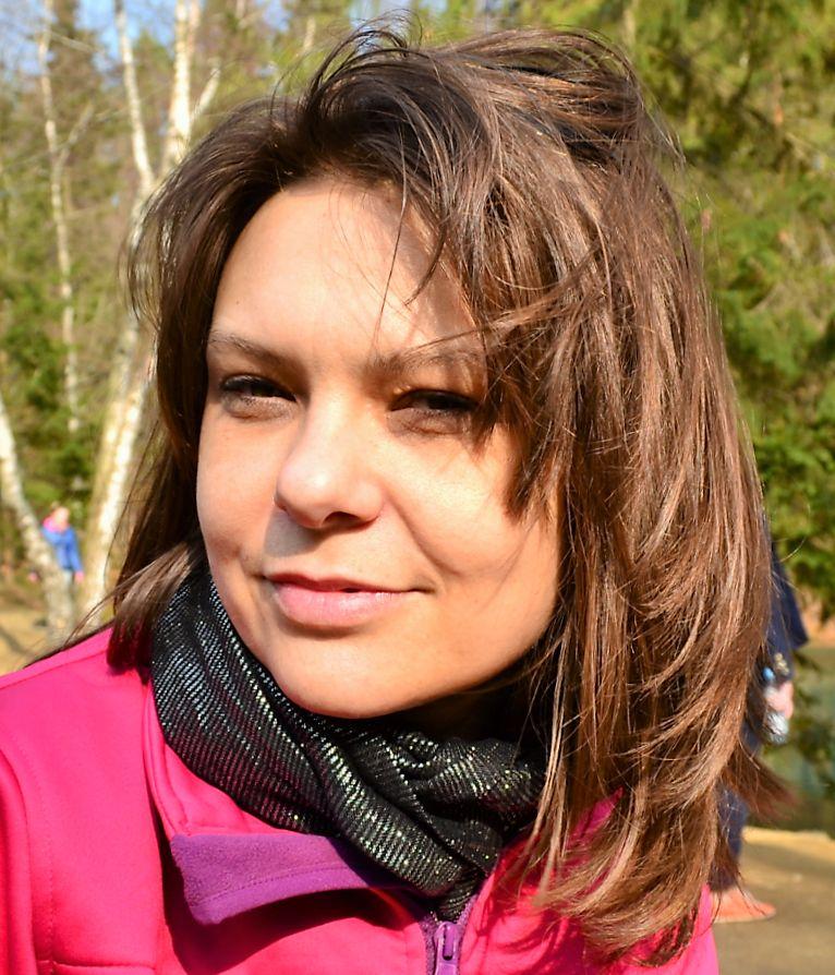 Agnieszka Zar